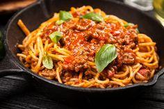 Gourmet Recipes, New Recipes, Healthy Recipes, Italian Chef, Italian Recipes, Italian Food Names, Beste Bolognese, Bologna Recipes, Spagetti Recipe
