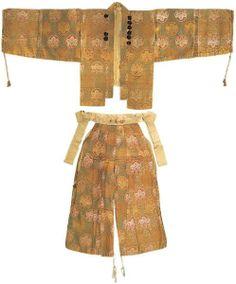 Hitatare (鎧直垂) Momoyama period.