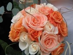peach and coral bouquet