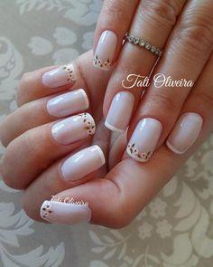 Daisy Nails, Lace Nails, Pink Nails, My Nails, Glitter Nails, French Manicure Nail Designs, Toe Nail Designs, French Nails, Manicure And Pedicure