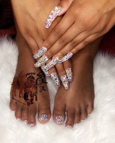 99 37 Shiny Nail Designs - If you're trying to find lovely nail designs , you can have a look at our suggestion today. Rhinestone Nails, Bling Nails, Swag Nails, Nail Art Rhinestones, Glitter Nails, Prom Nails, Wedding Nails, Gorgeous Nails, Pretty Nails