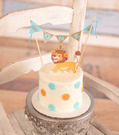 Lion Cake Topper, Cake Topper, Smash cake decoration, Lion King Royal Cake Topper from SmashCaked Lion Birthday Party, 1st Boy Birthday, Boy Birthday Parties, Lion Cakes, Lion King Cakes, Chocolate Hazelnut Cake, Royal Cakes, Safari Cakes, Crown Cake