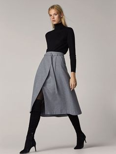 Fall Winter 2017 Women´s GREY SKIRT WITH BELT DETAIL at Massimo Dutti for 89.95. Effortless elegance!