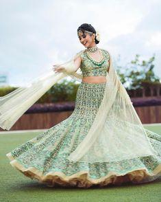 Tips For Planning The Perfect Wedding Day – Cool Bride Dress Indian Bridal Lehenga, Indian Bridal Fashion, Beautiful Girl Image, Beautiful Bride, Beautiful Indian Actress, Beautiful Actresses, Bridal Looks, Bridal Style, Indian Wedding Photography