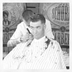 vintage barbershop Barber Shop Haircuts, Haircuts For Men, Cheap Outdoor Chairs, Short Hair Cuts, Short Hair Styles, Vintage Haircuts, Shaved Head, Barber Chair, Barbershop