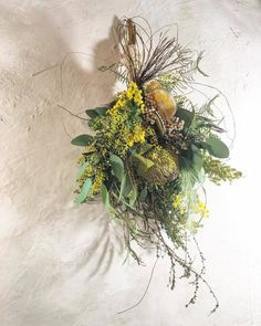 Diy Wreath, Wreaths, Solstice And Equinox, Flora Design, Flower Room, Dry Flowers, Dried Flower Bouquet, Nature Crafts, Flower Decorations