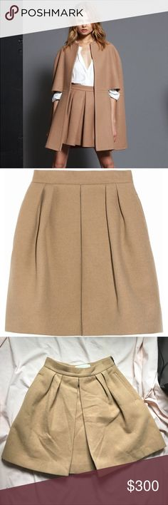 Stella McCartney Camel Wool Skirt Pleated skirt. Very thick camel & wool skirt, so warm. In perfect condition, worn only once. Just needs the wrinkles removed. Italian size 38, fits like a US size 2. Open to offers! Stella McCartney Skirts Midi