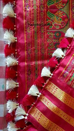 Saree Tassels – Hand work / DIY Elegant Designer Saree Click Visit link above for more info Saree Kuchu New Designs, Saree Tassels Designs, Saree Blouse Neck Designs, Fancy Blouse Designs, Kurta Designs, Blouse Patterns, Saree Accessories, Hand Work Blouse Design, Modern Saree