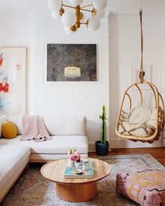 the living room makeover of Mallory Fletchall, the founder and owner of Reserve Home Boho Living Room, Living Room Colors, Living Room Designs, Living Room Decor, Eclectic Living Room, Bohemian Living, Living Spaces, Family Room Design, Living Room Furniture