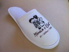Abanicos-sandalias-pantuflas-recuerdos-Personalizados-Yhemail-Diseños_5272_image.JPG (448×336)