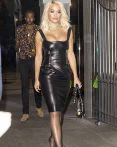Rita Ora – Leaving Versace After-Party in Milan Sexy Outfits, Black Leather Dresses, Rita Ora, Milan Fashion Weeks, Leather Fashion, Gorgeous Women, Clothes, Blond, Style