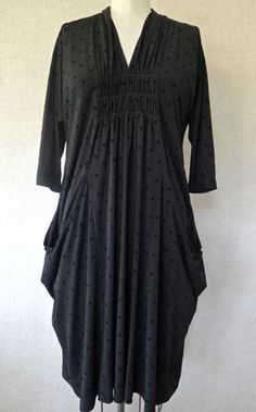 Marcy Tilton - May 2012 Newsletter.  Marcy's version of the little black dress. Vogue 8813