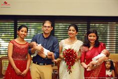 Best Wedding Photographers In Vyttila Boquette Wedding, Saree Wedding, Wedding Bouquets, Wedding Reception, Bridal Makeup, Wedding Makeup, Christian Wedding Sarees, Kerala Wedding Photography, Saree Gown