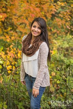 Fall Senior Portrait posing idea for girls  photo by: Gorge-Us Photography http://www.gorge-usphoto.com/seniorphotos