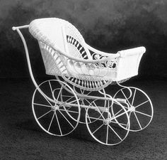 Wicker Baby carriage, Furniture