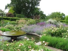 Penelope Hobhouse design.  One of my favorite garden designers.