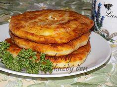 Kefírové placičky se sýrem - Naše Dobroty na každý den Kefir, Salmon Burgers, Quiche, Ham, Pizza, French Toast, Food And Drink, Appetizers, Bread