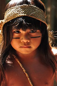 DeviantArt: More Like Sin City: Native American Woman 2 by cgaddictworld Beautiful Children, Beautiful Babies, Beautiful World, Beautiful People, Kids Around The World, People Around The World, Xingu, Bless The Child, Native American Women