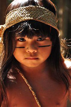 """Índia Wiranu Tembé, da aldeia Tekohaw, do estado do Pará, Brasil, no filme """"Tainá - A origem"""""""