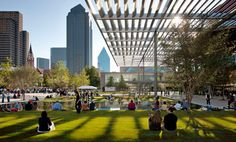 Did you know that the Dallas Arts District is the largest urban art district in the country? The area is compromised of 19 block and 68 blocks filled with performing arts venues, museums and galleries.