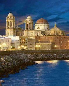Cádiz, la ciudad más mágica de España.