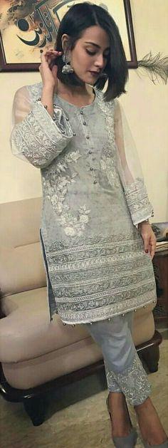 Iqra aziz Pakistani Party Wear Dresses, Pakistani Outfits, Pakistani Culture, Iqra Aziz, Eastern Dresses, Indian Designer Suits, Pakistan Fashion, Desi Clothes, Tulle Prom Dress