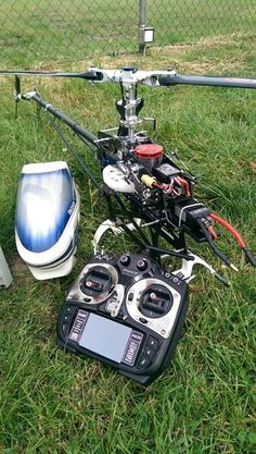 Under the hood!  #rchelikopter #rchelicopter #helicopter #rc #underthehood   The Home of Insanely Cool Drones! http://www.coolrcdrones.com/