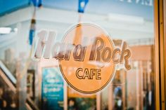 Signage_Hard-Rock-Cafe