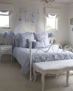 Love that wrought iron bed frame * ~ShAbBy PrIm DeLiGhTs~ ~MiChElLe~