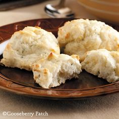 Gooseberry Patch Recipes: French Onion Biscuits from 101 Easy Everyday Recipes Cookbook