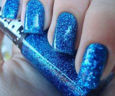 Now THIS is blue.  My favorite color painted on my toes is something I Love to pamper myself with.
