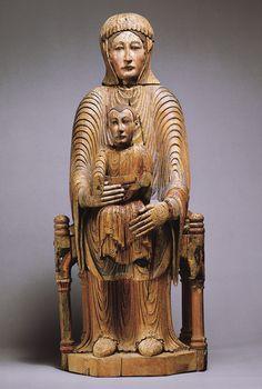 Romanesque Wood Madonna from the Metropolitan Museum of Art Statues, Sculpture Images, Romanesque Art, Art Roman, Madonna And Child, Medieval Art, Dark Ages, Sacred Art, Christian Art