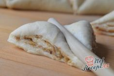 Příprava receptu Turecké koláče se skořicí a ořechy, krok 10 Garlic, Cheese, Vegetables, Food, Puff Pastry Recipes, Top Recipes, Easy Coconut Macaroons, Quick Cake, Essen