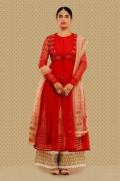 "gotpatti palazoo with long frock ""Anju Modi's Bajirao Mastani Collection "" Women's Ethnic Fashion, Indian Fashion, Punjabi Fashion, Indian Wedding Outfits, Indian Outfits, Western Outfits, Indian Weddings, Pakistani Dresses, Indian Dresses"