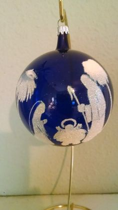 Gorgeous hand painted Italian Italy Christmas ball ornament, nativity scene