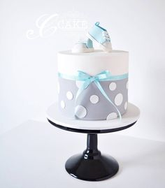 A sweet little baby shower cake from the weekend. 💙💙💙 Best Picture For crazy Cake Design For Your Taste You are looking for something, and it Baby Shower Cakes For Boys, Baby Boy Cakes, Cupcakes, Gateau Baby Shower, Shoe Cakes, Purse Cakes, Baby Boy Baptism, Shower Bebe, Cake Wrecks