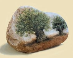 Artículos similares a Galilee Olive Tree. Original oil painting on the Jordan River and the Sea of Galilee's pebbles. By Miki Karni. Stone Art Painting, Rock Painting Designs, Pebble Painting, Pebble Art, Painted Rocks Craft, Hand Painted Rocks, Painted Pebbles, Painted Stones, Stone Crafts
