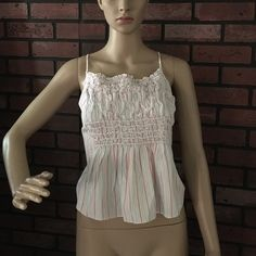 BNWT Armani Exchange tank crop top L Really cute too that has adjustable ties in the back. Hits about natural waist on my mannequin. 100% cotton. ✅offers,❌ trades, 20% off bundles 2+ Armani Exchange Tops Tank Tops