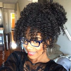 """by @atv_lifestyle """"My hair of the day! Messy updo on a twist-out! #naturalista #afrobang #bighairbetty """"#Hair2mesmerize #naturalhair #healthyhair #teamnatural #naturalhairjourney #naturalhairstyles #blackhairstyles #transitioning #braidout"""