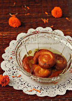 A Homemaker's Diary: Chana'r Jilipi (Freshly made Cottage cheese Jalebi)