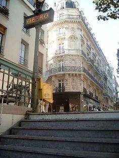 Metro, Paris Paris Travel, France Travel, Paris France, Paris Balcony, Paris Rooftops, Paris Metro, Underground Cities, I Love Paris, Paris City