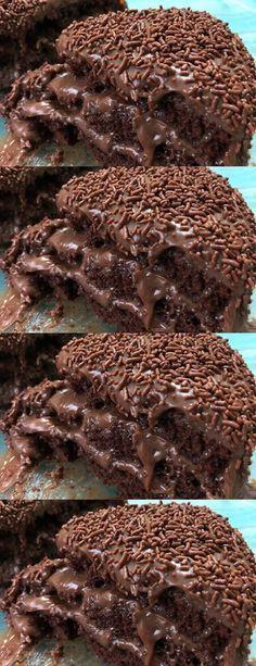 MELHOR BOLO NEGA MALUCA, APRENDA!! #receita#bolo#torta#doce#sobremesa#aniversario#pudim#mousse#pave#Cheesecake#chocolate#confeitaria# Easy Smoothie Recipes, Snack Recipes, Dessert Recipes, Cake Recipes, Drink Recipe Book, Pumpkin Spice Cupcakes, Chocolate Cheesecake, Fall Desserts, Ice Cream Recipes