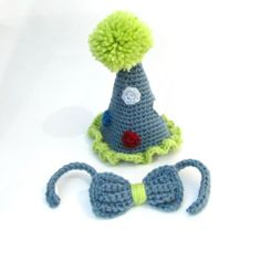 Crochet Party Hat / Crochet Birthday Hat / Photography Prop / First Birthday Photo / Birthday Photo Prop / Smash Cake Photos on Etsy, $28.00 Kadens 1st birthday pics will be done in this cute hat and bow tie!