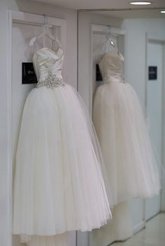 used wedding dresses under 10 000 on pinterest bustle anne barge