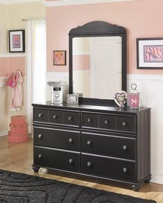 Shop Ashley Furniture Jaidyn Black Dresser and Mirror with great price, The Classy Home Furniture has the best selection of Dressers and Mirrors to choose from Wood Dresser, Dresser With Mirror, Home Bedroom, Bedroom Decor, Bedroom Ideas, Traditional Dressers, Bookcase Bed, Black Dressers, Luxurious Bedrooms