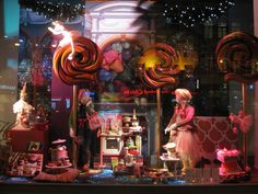 Fashion Window Displays | de Bijenkorf Christmas Window Display 2012 | Best Window Displays