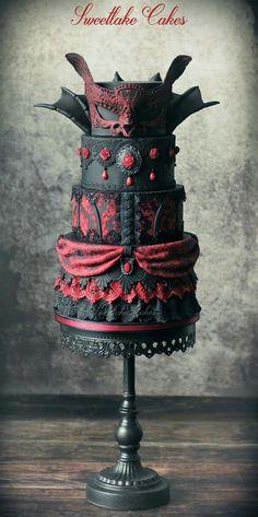 Vampire masquerade cake by Tamara (Halloween Bake Ideas) Steampunk Wedding Cake, Gothic Wedding Cake, Vampire Wedding, Cake Wedding, Wedding Themes, Wedding Ideas, Gorgeous Cakes, Pretty Cakes, Amazing Cakes