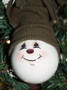 Hand Painted Snowman Light Bulb Ornament by TracysCrtns on Etsy, $11.00 by josie