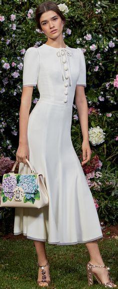Dolce & Gabbana F/W '17-18 Collection ''Ortensia''.
