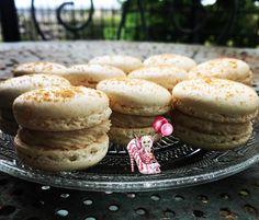 #macarons #litchis #macaronmeringueitalienne #meringueitalienne #cremedeconfiture #cremedeconfiturelitchis #dessert #patisserie #patisseriemaison #patisseriefrancaise #homemade #instafood #marlyleroi #douceursucrees